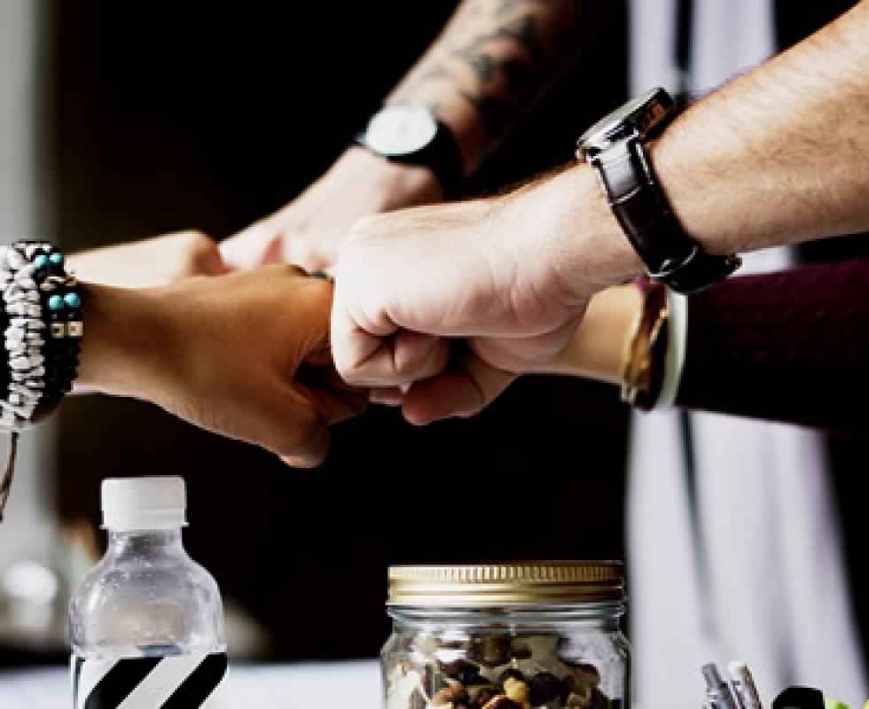 Découvrez deux outils métropolitains en faveur de l'engagement sociétal