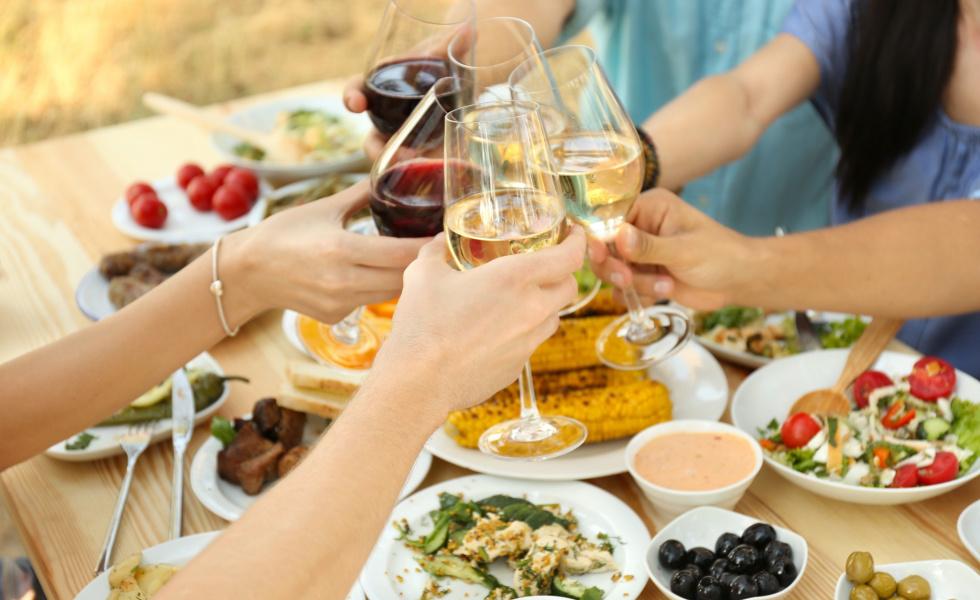 apéritif et barbecue en famille ou amis